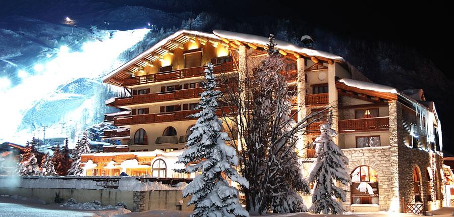 france_espace_killy_ski_area_val_d'lsere_hotel_christiania_exterior.jpg